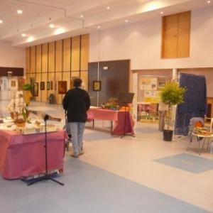 La salle de Waimes accueillant de nombreux artisans