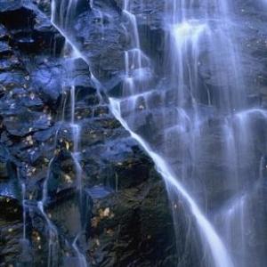 Crabtree Falls, Off Blue Ridge Parkway - (c) North Carolina Tourism Office