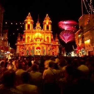 Festa Night - (c) Malta Tourism Authority