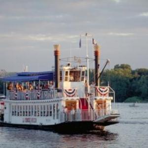 (c) Wisconsin Department of Tourism