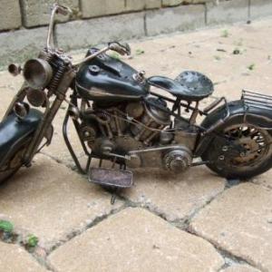 Ancêtre voiture, moto, tracteur, vespa
