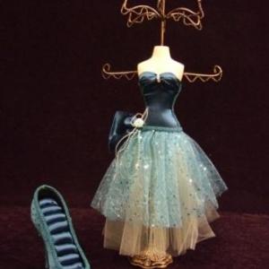 Mannequin Porte bijoux et soulier porte bagues
