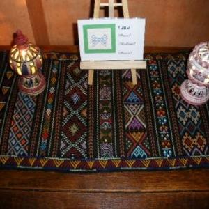 """16. """"le"""" chef d'oeuvre. Nappe (ou mieux, petit tapis) d'El Golea, Grand sud. Un travail fou! du grand art! 55 euros"""