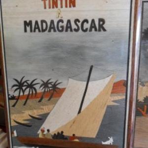 Tintin en pirogue, page de couverture d'une histoire imaginaire