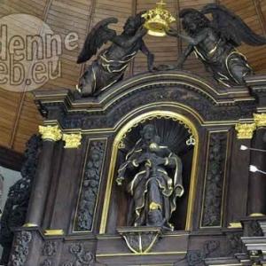 Houffalize. Eglise Ste-Catherine. Maitre-autel.(J. Pecourt, ph JM Lesage).