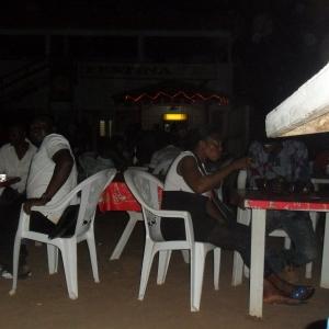 Vue de tables de la terrasse Festina