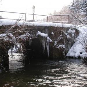 Le pont de Suhet, vu de la rive droite, d'aval