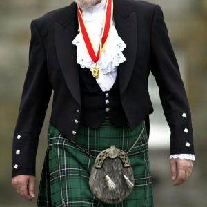 Un peu trop écossais au goût de Sa Majesté la Reine... C'est pourquoi elle prendra bien son temps avant de l'ennoblir. Photo: theepochtimes.com. sera retirée sur réclamation
