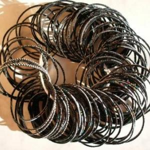 3. petits bracelets, de Timimoun (Grand sud): 0,90 euro chacun