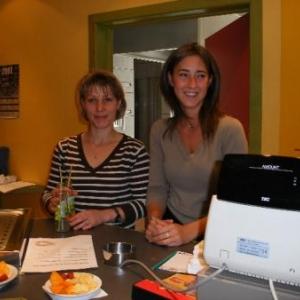 Julie Pierre et Isabelle Filliziani, responsables du bar de Houtopia