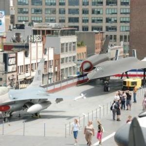 F16 Falcon et Blackbird