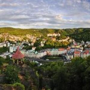 Karlovy_Vary_copyright_Ladislav_Renner_CzechTourism.jpg