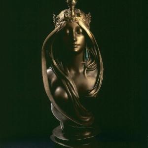 Alphonse MUCHA (1860 - 1939), De natuur, 1899 – 1900, Sculptuur van verguld brons met ornamenten van malachiet, H 70 cm, Collectie Gillion Crowet , schenking van M. en Mevr. Gillion Crowet aan het Brussels Gewest