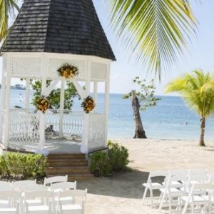 Le ClubHotel Riu Negril en Jamaïque rouvre ses portes après rénovation complète