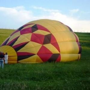 Ferme de la Montgolfière : 5 montgolfières à Gérouville