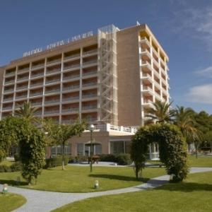 4. Hotel