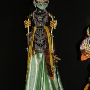 """""""Gatotkaca"""", marionnette """"Golek"""", avec du """"batik"""""""