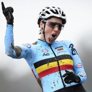 """La Belge Sane Cant, 3 fois Championne du Monde de Cyclo-Cross (c) """"RTBF""""/2018"""