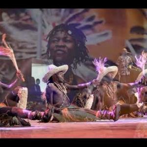 """Kenya : """"Tarumbeta Africa Cultural Group"""", de Nairobi"""