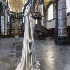 """""""She"""", oeuvre du 21eme siecle en un lieu baroque (c) Vincent Everarts"""