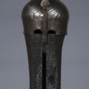 "Casque turban originaire d Iran ou de Turquie (fin XVe/debut XVIe s.) (c) ""MRAH"""