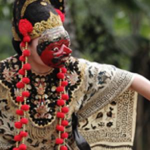 """Nani Topeng Losari Cirebon"" (c) Panji Sutrawinangun"