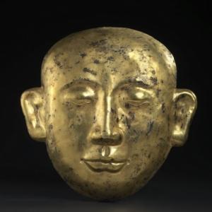 """Masque mortuaire dore, de la dynastie """"Liao"""" (c) Galerie """"Ming-K'i"""""""