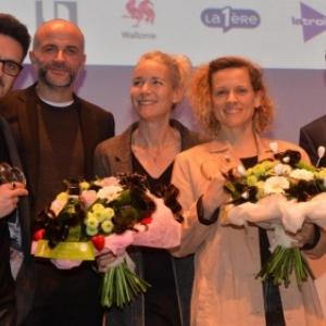 """Du Realisateur, a gauche, au President du """"Festival du Film de Mons"""" (c) """"La Nouvelle Gazette"""""""
