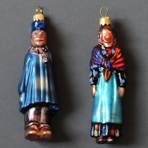 """Boules de Noel polonaises, aux effigiges de """"Tchantches"""" et """"Nanesse"""", les Marionnettes liegeoises"""