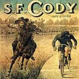 """Le """"Grand Match"""" entre Buffalo Bill, a cheval, et un coureur cycliste"""