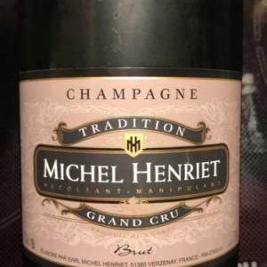 """De delicieuses """"bulles"""" proposees par (c) """"Champagnes Michel Henriet"""""""