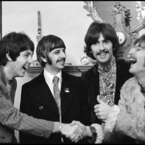 """En 1969, les """"Beatles"""" participerent au """"Festival de l ile de Wight"""" (ici, leur 33 t. """"Sgt Pepper s Lonely Hearts Club Band"""")"""
