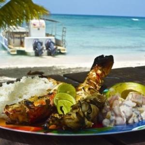 Revons d'un bon repas dominicain, en bord de mer