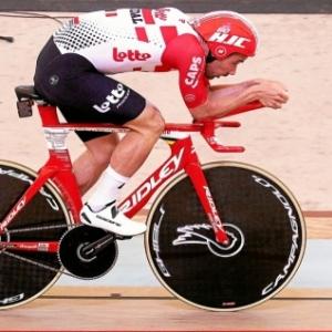 "Photo non exposee : l actuel recordman mondial de l heure, Victor Campenarts : 55,089 km (c) ""AFP"""