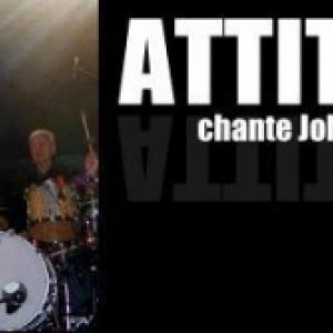 """Le groupe """"Attitude"""", avec Jacques Weck, chantant differents succes de Johnny Halliday"""