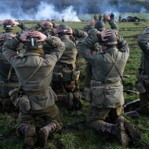 """Reconstitution de la Bataille des Ardennes (c) John Thys/""""Belga""""-""""France Presse"""""""