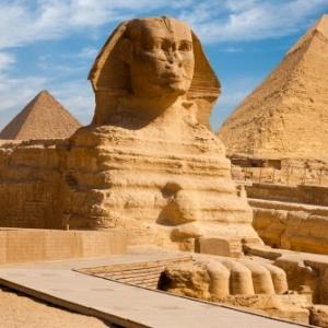 En Egypte, au pays des Pyramides et des Sphynx
