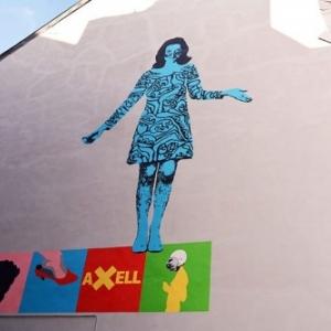 """Fresque en hommage a Evelyne Axell, a hauteur de l """"Ecole des Beaux-Arts"""" (c) Ville de Namur"""