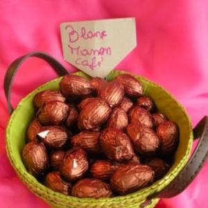 Oeufs de Paques au chocolat blanc manon (moka)