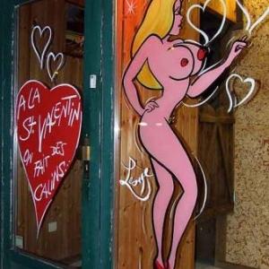Femme sexy pour la St-Valentin-5716