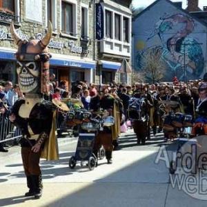 video 1- Carnaval de La Roche-en-Ardenne 2017- photo 2457