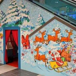 Maison de St Nicolas et pour Noel dans le centre commercial de Knauf Pommerloch - photo 4743