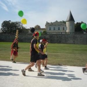 Le groupe malmedien dans la zone du chateau Laffite - Rothschild
