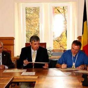 04-Signature de la Charte