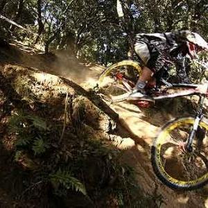 Nissan down hill cup - Bortels-Gracia-2011
