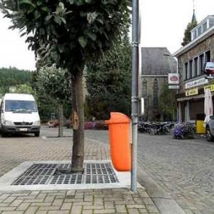 10. Ancienne place de Mouscron, une ville bienfaitrice de Houffalize.