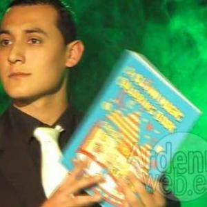 video 1-ph34-Edwin Skevee, magicien