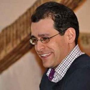 37 Rafael Morales