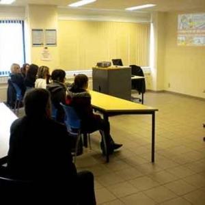 visite du centre de distribution LIDL de Genk par le CEFA de Bastogne