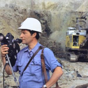 Marcel Thonnon filme pour l'Union Minière au Gongo